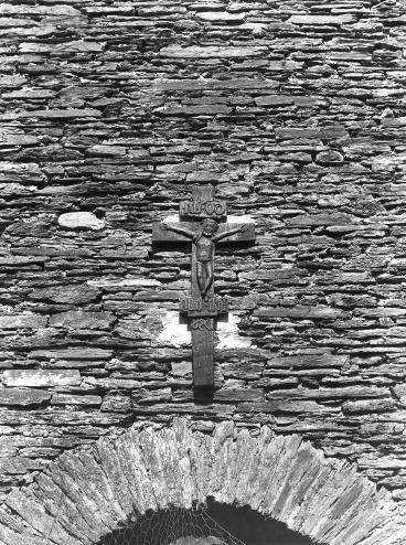 LE MONUMENTAL CRUCIFIX DES FORGES DU MAKA