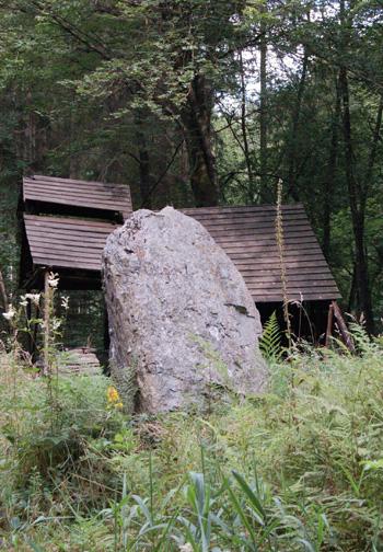 pierrelevee